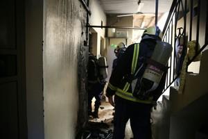 شاهد الصور... اندلاع حريق بمنزل عائلة بحرينية بإسكان جدحفص ولا إصابات