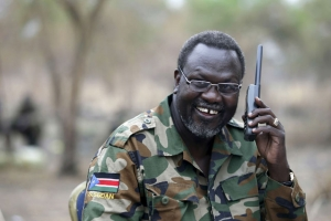 رئيس جنوب السودان يعيد تعيين زعيم المتمردين نائباً له