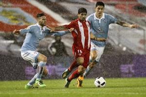 بطولة إسبانيا: إشبيلية يبقى في صراع دوري الأبطال