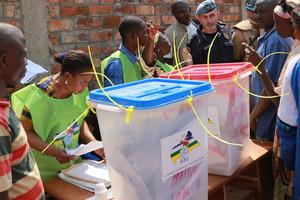بدء التصويت في انتخابات رئاسية مهمة بإفريقيا الوسطى