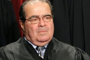 وفاة أنطونين سكاليا أحد أعضاء المحكمة العليا في الولايات المتحدة عن 79 عاماً