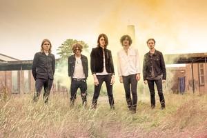 وفاة أعضاء فريق غنائي بريطاني في حادث مروري بالسويد