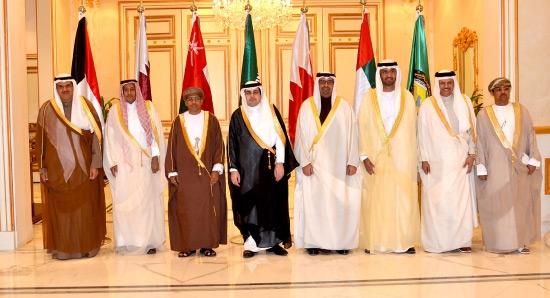 الحمادي مشاركاً في اجتماع الرياض مع نظرائه الخليجيين