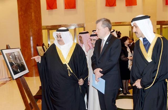 وزير الخارجية لدى حضوره تدشين الفيلم الوثائقي «الأمم المتحدة ومملكة البحرين... شراكة دائمة»