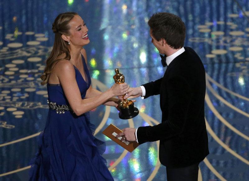 بري لارسن ودائزة أفضل ممثلة  (رويترز)