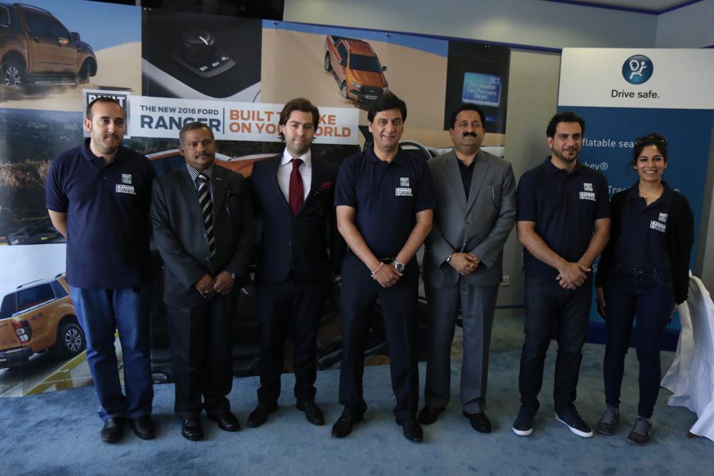 إداريو المؤيد للسيارات أثناء إعلانهم عن تدشين سيارة فورد رنجر الجديدة