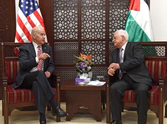 محمود عباس ملتقياً جو بايدن في مدينة رام الله- epa