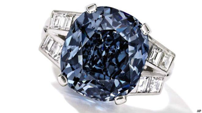 كان والد شيرلي تيمبل قد اشترى الخاتم في عام 1940