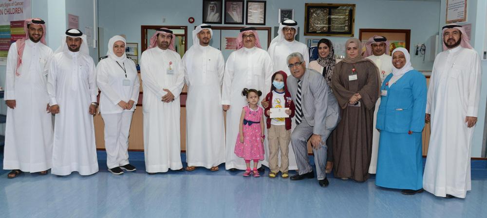 أثناء زيارة قسم العلاقات العامة بالشركة إلى مجمع السلمانية الطبي