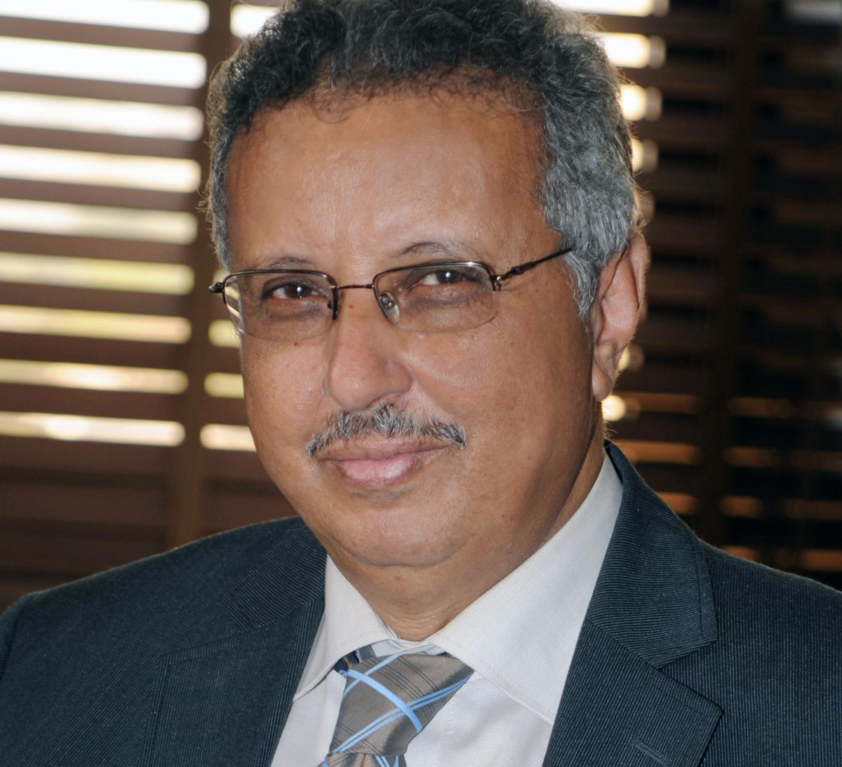 مدير إدارة الدراسات والنشر عمر عبد العزيز