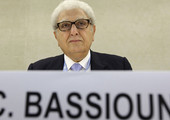 """مقابلة بسيوني مع """"المونيتور"""": تقدم البحرين تجاه توصيات تقصي الحقائق محدود Bassiouni: Bahrain""""s progress limited by """"piecemeal"""" approach to reforms"""