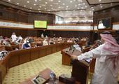 """الحكومة: نوافق على منع """"رجال الدين"""" من دخول الجمعيات السياسية"""