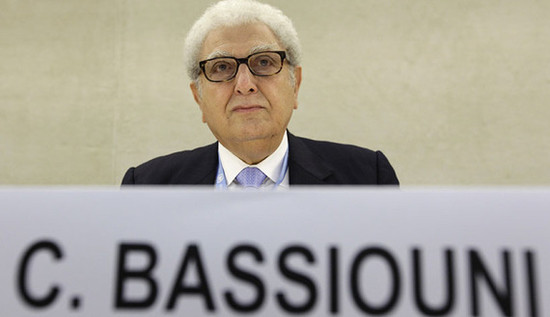 Cherif Bassiouni, war crimes expert and chairman<br />of the Bahrain Independent Commission of Inquiry<br />(BICI), is pictured before the presentation of a<br />report in Geneva, June 9, 2011. (photo by<br />REUTERS/Denis Balibouse)