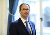 وزير «شئون الشرق الأوسط» البريطاني يؤكد دعم برنامج الإصلاح في البحرين وأهمية العمل لتحسين أوضاع حقوق الإنسان
