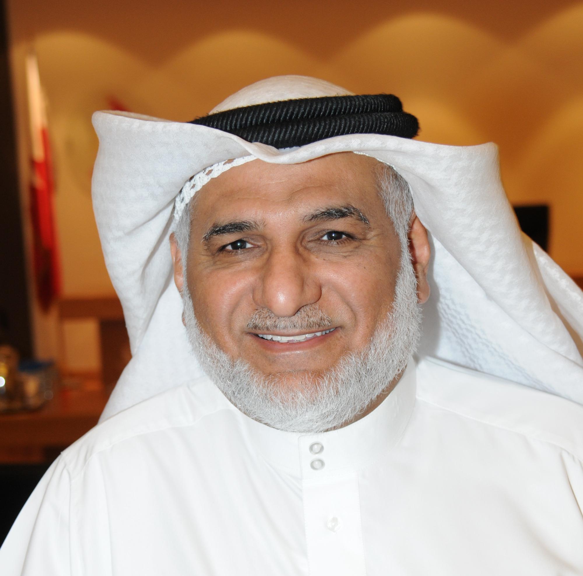 رئيس مجلس المحرق البلدي محمد بن عبدالله آل سنان