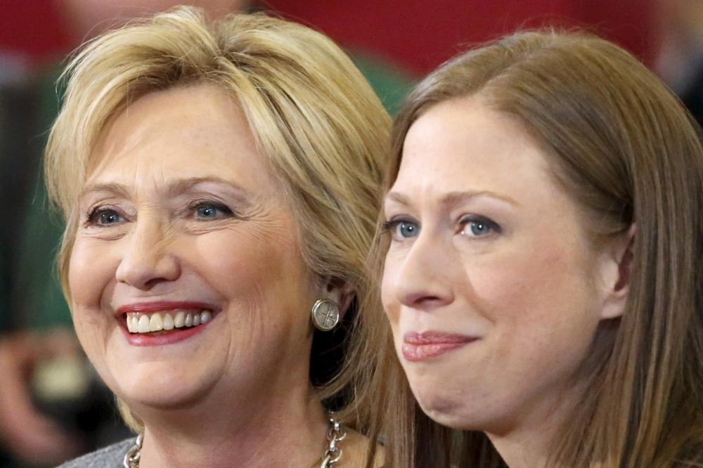 هيلاري كلينتون مع ابنتها تشيلسي