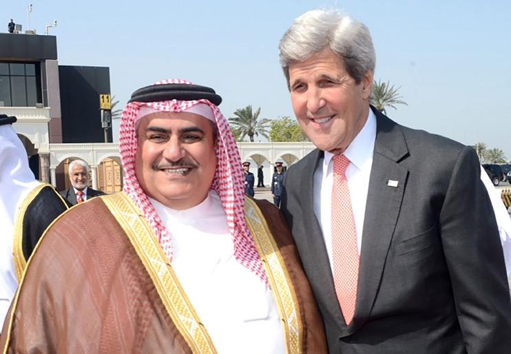 وزير الخارجية مع نظيره الأميركي لدى زيارته البحرين أبريل الماضي