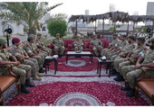 سمو رئيس الحرس الوطني يقيم مأدبة إفطار وينقل تحيات جلالة الملك المفدى للضباط