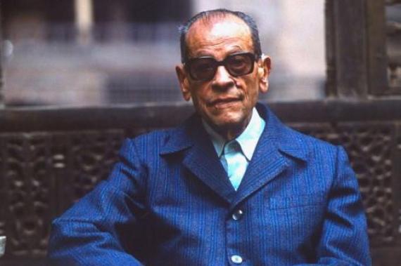 نجيب محفوظ (مصر) نوبل في الأدب عام 1988