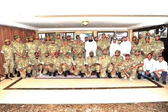 الحجاج من منتسبي الحرس الوطني في صورة جماعية