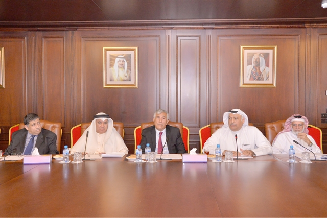المؤتمر الصحافي لمصرف البحرين المركزي أمس - تصوير : أحمد آل حيدر