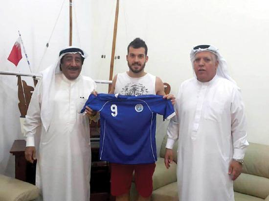 فيتور يرفع قميص البسيتين بحضور المجدمي ونبيل عبدالرحمن