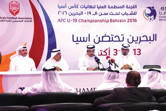 المتحدثون في المؤتمر الصحافي - تصوير محمد المخرق