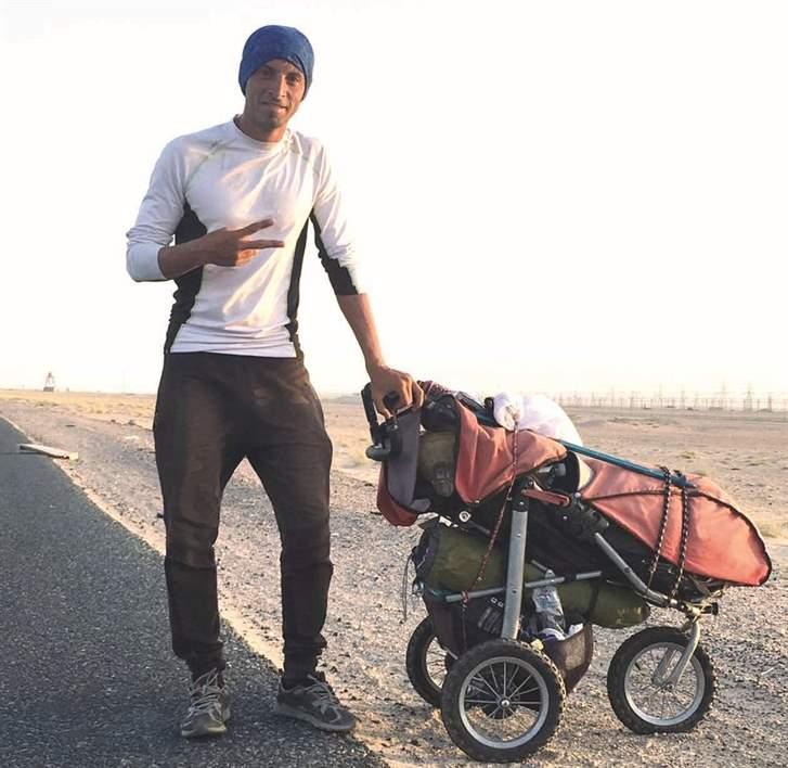 المشتبه به إسباني أشهر إسلامه وقرر التوجه إلى مكة المكرمة سيراً على الأقدام من دون أن يخبر أحداً!
