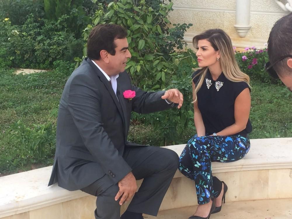 جورج قرداحي مع الاعلامية اللبنانية نسرين ظواهرة في الاعلان عن الحلقة القادمة