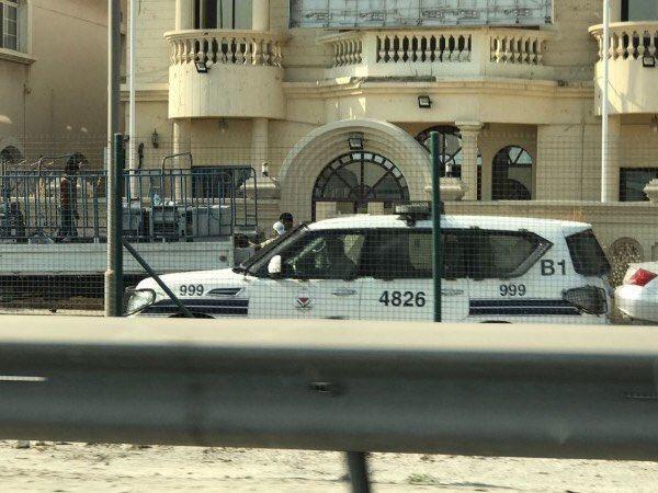 صور تناقلتها وسائل التواصل الاجتماعي بشأن مصادرة موجودات جمعية الوفاق