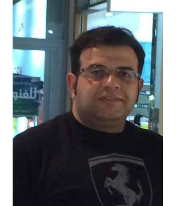 الوسيط في شيراز حسين علي