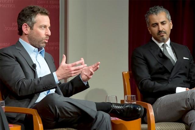 من اليمين: ماجد نوّاز وسام هاريس في أحد الحوارات