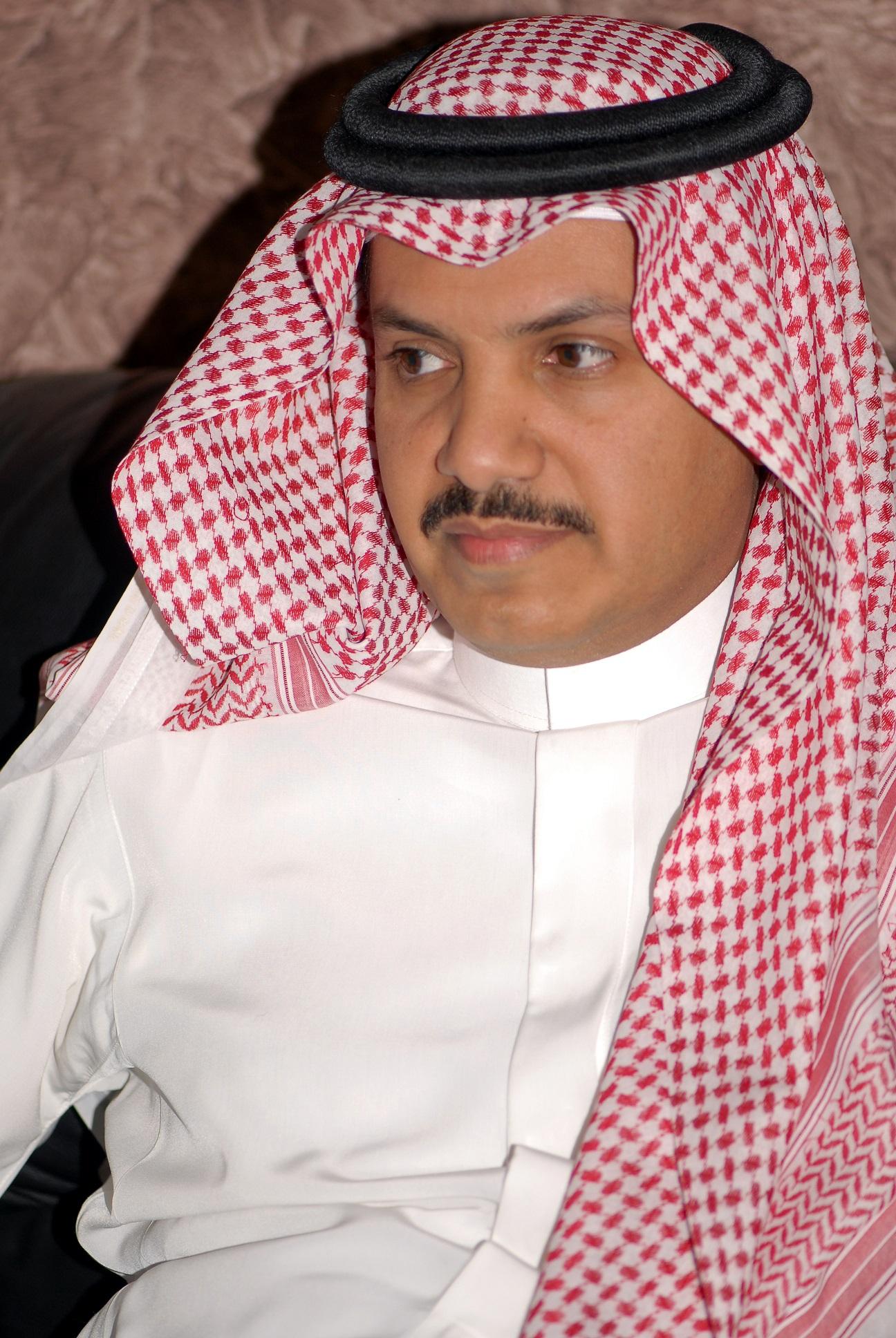 الشاعر ناصر القحطاني