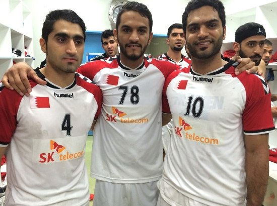 الإخوة الثلاثة يجتمعون تحت شعار المنتخب الوطني