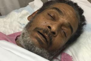 خالد الذوادي ينقل للمستشفى بعد تردي حالته الصحية وعائلته تنشد التحرك السريع