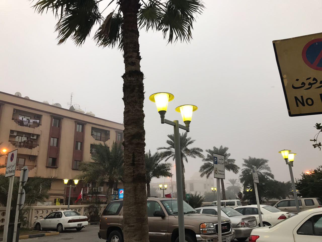الضباب يغطي سماء البحرين. تصوير: محمد موسى