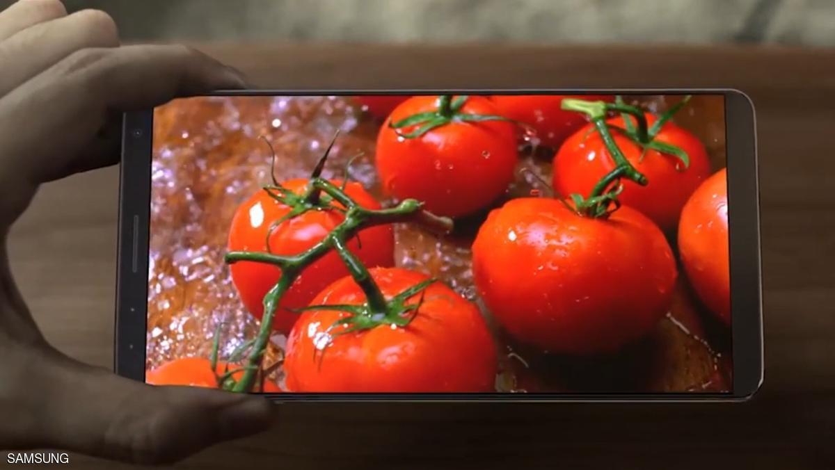 الهاتف ظهر في إعلان لسامسونغ عن شاشاتها المتطورة