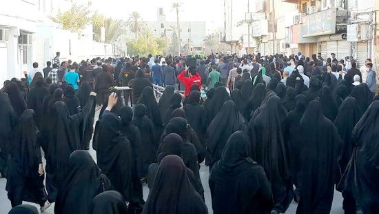 العشرات شاركوا في تظاهرة في السنابس أمس