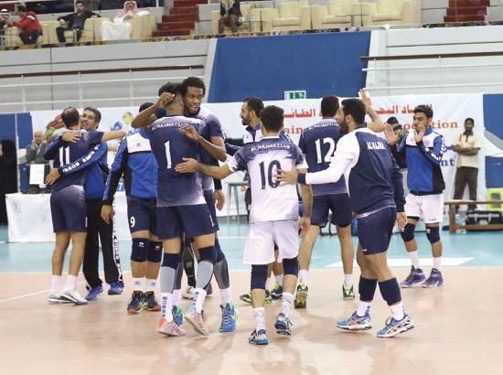 فرحة لاعبي النجمة بعد الفوز - تصوير محمد المخرق