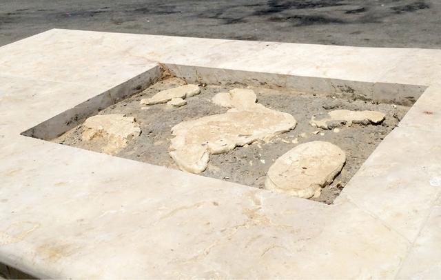 اختفاء حجر أساس ساحل دمستان بعد تعثر المشروع لنحو 6 أعوام