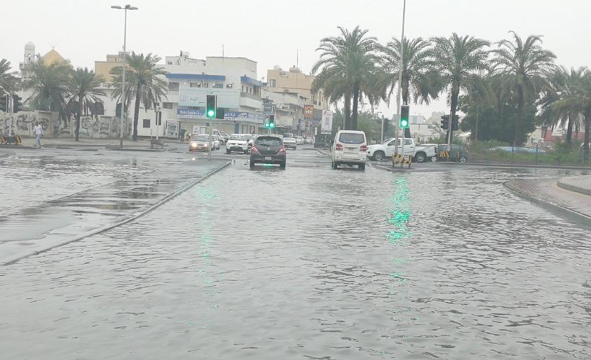 مياه الأمطار عند مدخل الديه