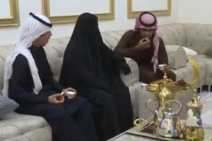 بالفيديو... سعودي يحرم نفسه وعائلته من الهوية بدعوى أن التصوير حرام