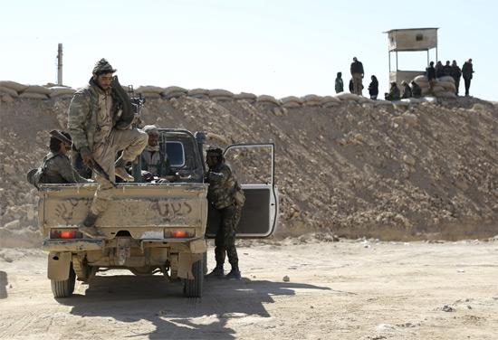 تحالف قوات سوريا الديمقراطية يدخل محافظة دير الزور — مصدر كردي