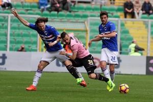 بالفيديو... سامبدوريا يفلت من الهزيمة أمام باليرمو في الدوري الإيطالي