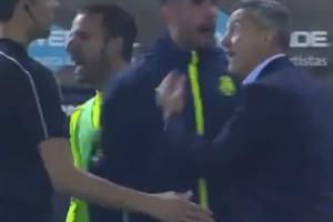 بالفيديو... مدرب فياريال يبرر احتجاجه على ضربة الجزاء في مباراة ريال مدريد