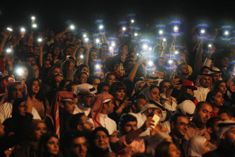 تفاعل الجمهور البحريني مع حفل المهندس والشامي