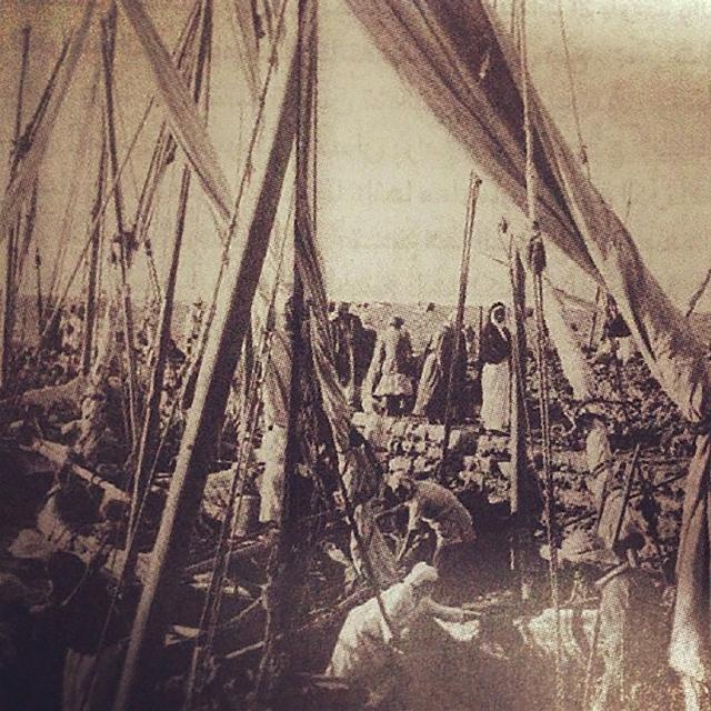 بدأ العمل في جسر الشيخ حمد في العام 1930 واكتمل في 1942