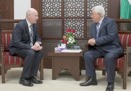 عرض أميركي لـ محمود عباس الرئيس الفلسطيني — اخبار الكويت
