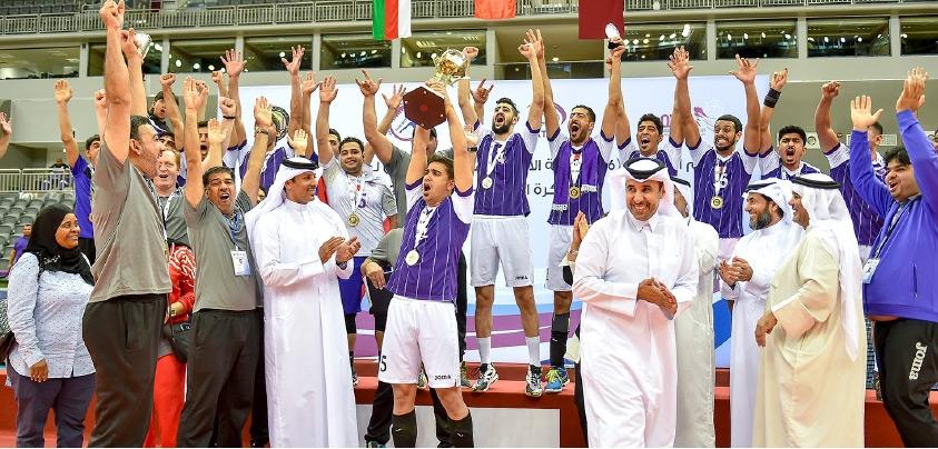 فريق داركليب بطل البطولة الخليجية للكرة الطائرة