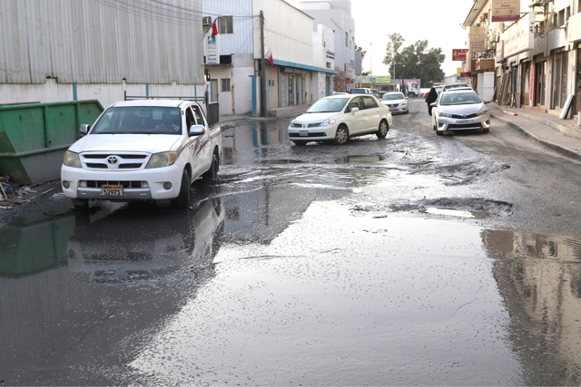 مشهد دائم لمستنقعات الصرف الصحي- تصوير : محمد المخرق
